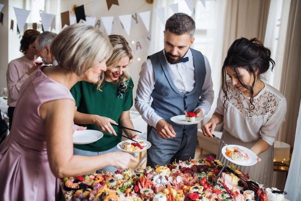 Битва гурманов. Каким должен быть свадебный банкет?