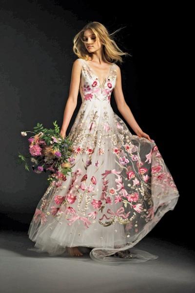 Невесты в прозрачных платьях ню — img 6