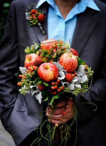 Букеты из фруктов своими руками из яблок 84