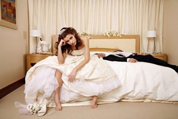 Реальные истории о первой брачной ночи в мельчайших подробностях 2 фотография