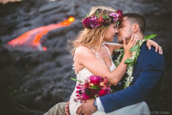 Свадьба для яркой пары: романтический экстрим