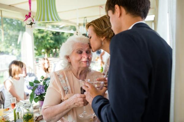 5 плюсов камерной свадьбы