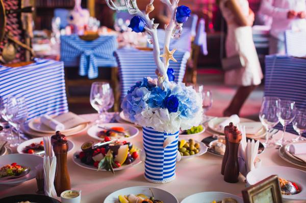 Ваша свадьба летом? Декорируем банкетный стол