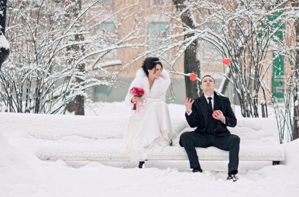 Картинки свадебный картеж зимой
