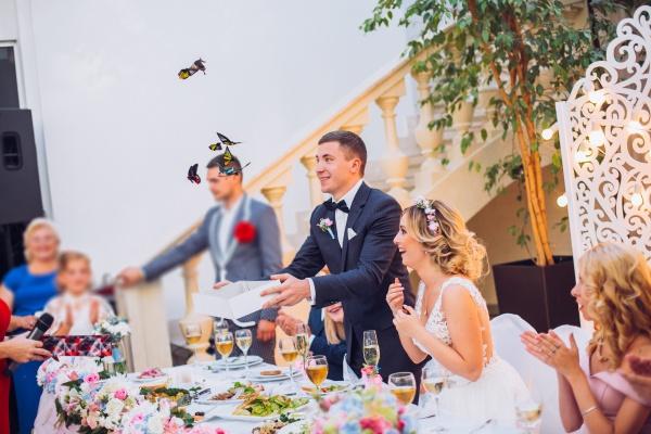 50 самых лучших поздравлений на свадьбу